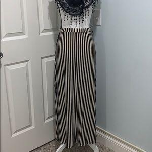 Charlotte Russe Black&Tan striped maxi skirt sizeM